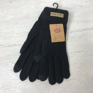 5/$25 NWT Clear Creek gray cable knit gloves